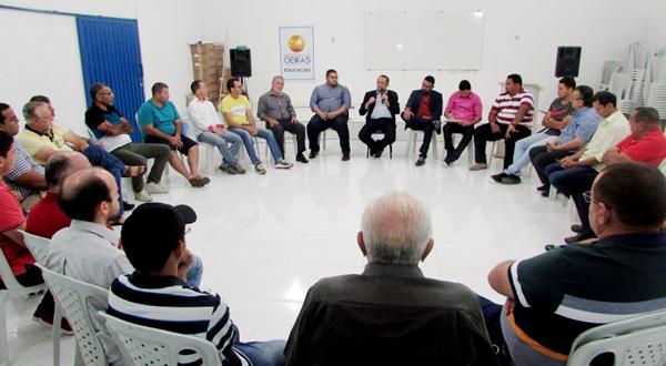 """O """"Conversando com o Presidente"""" em Oeiras debateu aspectos de trabalho e valorização profissional"""