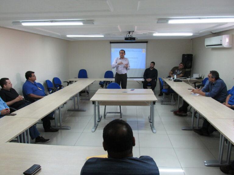 Agentes fiscais do Crea-PI participam de treinamento
