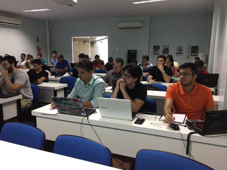Presidente Ulisses Filho reúne-se com mais de 50 profissionais do Inbec Teresina