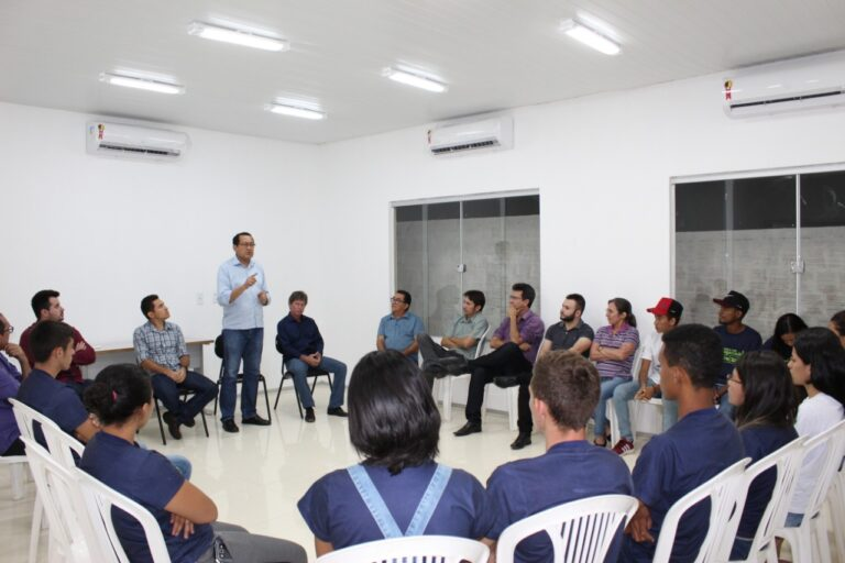 Presidente do Crea-PI se reúne com profissionais de Paulistana