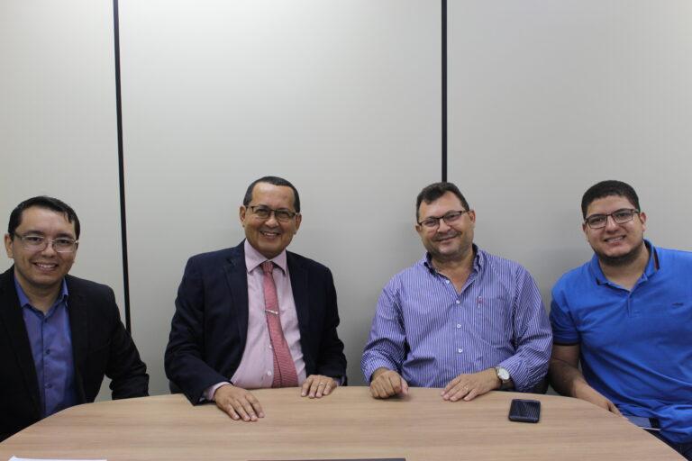 Presidente do Crea-PI recebe a visita do Inspetor Chefe de Picos para discutir atraso nas obras do município