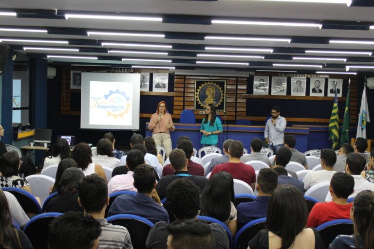 Crea-PI, através do Programa Jovem Engenheiro, realiza palestra sobre trâmites para abrir uma empresa