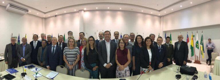 Homologação de cursos e EAD dominam reunião dos presidentes de Creas
