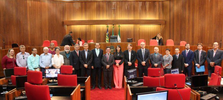 Presidente do Crea-PI prestigia sessão solene em homenagem ao Dia do Engenheiro Agrônomo