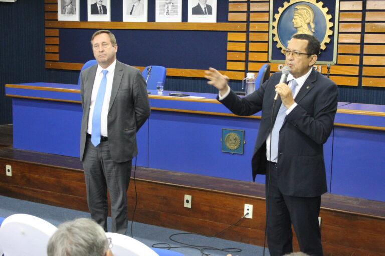 Joel Krüger e Ulisses Filho promovem o Conversando com os presidentes na sede do Crea-PI