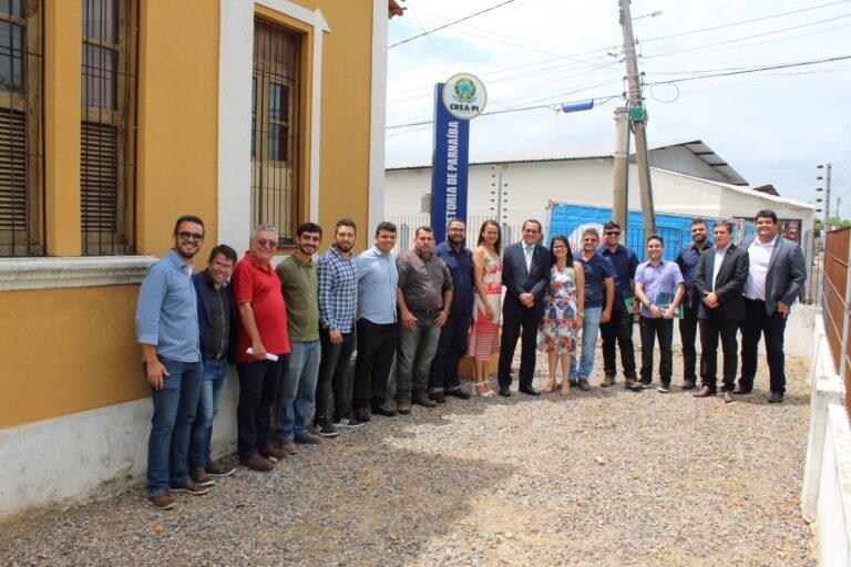 Formandos da 1º turma de Engenharia Civil de Parnaíba visitam Inspetoria do Crea-PI