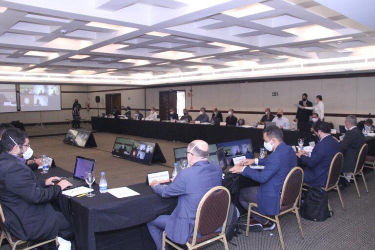 Grupos de estudo da Câmara Especializada de Engenharia de Segurança do Trabalho elaboram propostas para apresentar ao Confea